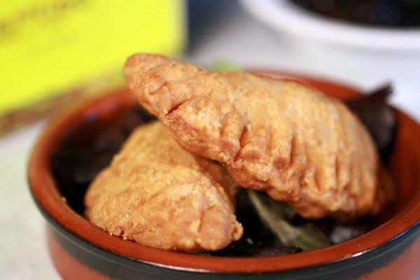 seafood-empenadas-02